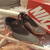 جزمة  حذاء  بوت  كرة قدم رياكت فانتوم نايك.