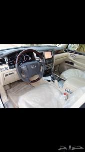 للبيع جيب لكزس LX570 أبيض ماشي 19000