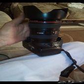 كاميرا كانون 550d مع عدسه