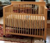 سرير أطفال كبير وممتاز ببلاش