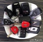 اجر سيارة احلامك بنص السعر في دبي