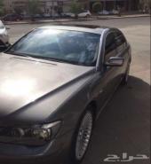 BMW  750L.