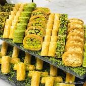شيف حلويات شرقية محترف