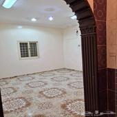 شقة ارضية 5 غرف الموسى20الف مدخل مشترك