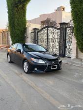للبيع لكزس ES 250 نظيف 2014 سعودي وكالة