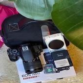 للبيع كاميرا كانون EOS 700D