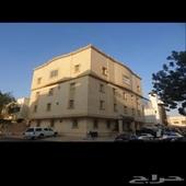 عمارة سكنية للبيع بحي النعيم ع شارعين