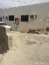 بيت شعبي في حي الغساله مقسوم الى بيتين