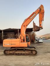 حفار دوسان 225 معرض رواد المعدات الثقيله