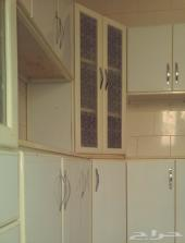 3 غرف وصالة شقة مجددة مطبخ جديد دور 3