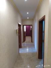 للبيع شقة 4 غرف مع غرفة سائق حي مخطط الفهد