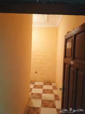 شقة للايجار شامل الماء والكهرباء