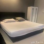 للبيع سرير حجم 200 180x سم