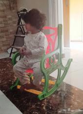 كرسي أطفال هزاز
