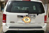 سيارة هوندا بايلوت ابيض 2012