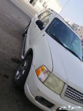 السيارة  فورد - اكسبلورر الموديل  2005