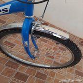 دراجة هوائية نظيف جدا