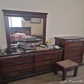 غرفة نوم متكاملة ونظيييفة جدا