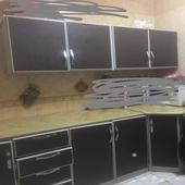 مطبخ واثاث للبيع المستعجل