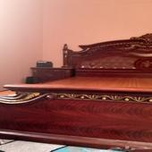 سرير للبيع المستعجل ..