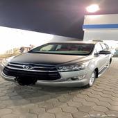السيارة تويوتا - اينوفا 2016