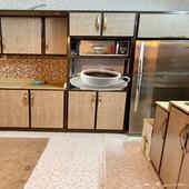 مطبخ نظيف جدا للبيع المستعجل
