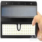 كشاف طاقة شمسية مع حساس لاكتشاف الحركة متطور