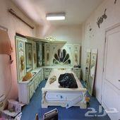 غرفه نوم كبيرة من الزمن الجميل