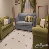 كنب و سرير اطفال للبيع و مكيف عطلان