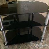 طاولة تلفزيون سوداء