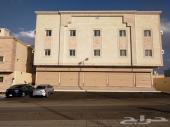 للبيع عمارة تجارية سكنية بها 12 شقة و 4 معارض