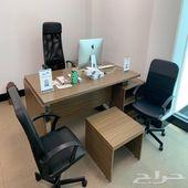 أثاث مكتبي للبيع استخدام شهرين فقط