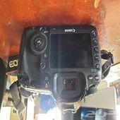 كاميرات سوني وكانون للبيع