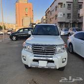 لاندكروزر 2015 سعودي مالك واحد ماشي 84 الف