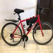 دراجة ترك trek fx2 شبه جديد مقاس 20 هجين