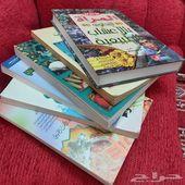 مجموعة كتب شبه جديدة