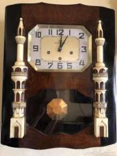 ساعة حائط فرنسية مصنوعة علي الطراز الاسلامي