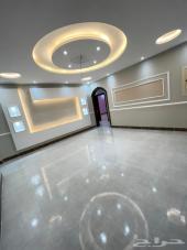 للبيع شقه 4غرف أول ساكن بخدماتها من المالك