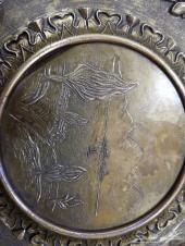تحفه ايطاليه قديمه بروزن مطلي بنحاس