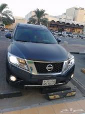 توصيل مطار الملك فهد سيارة عائلية جيب
