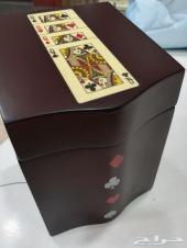 صندوق بلوت مع الورق 100