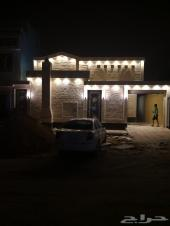 للبيع بنمار دور مؤسس ثلاث شقق مساحة 300 متر