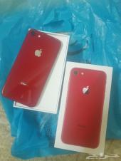 للبيع ايفون 8 جديد اللون احمر
