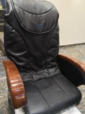 كرسي مساج وبدي كير للمشاغل والصالونات