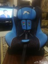 للبيع كرسي اطفال مناسب للسيارات