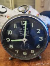 ((تم البيع))ساعة قديمه وزمن الطيبين
