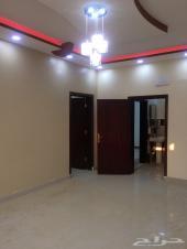 شقة عوايل في جيزان مخطط 7 قريبه من الجامعه