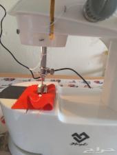 ماكينة خياطة صغيرة لاكنها عجيبة