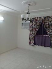 شقة عوائل مميزة بالرياض حي  اليرموك 3 غرف  وح