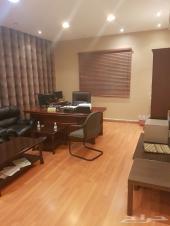 مكتب للتقبيل 3 غرف بكامل الاثاث والأجهزة